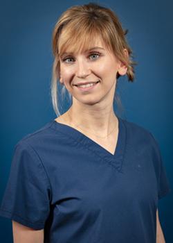 Dr Marion Canonica - Chirurgien oral à Paris 7